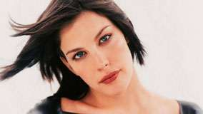Liv Tyler Blue Eyes And Red Lips Face Closeup